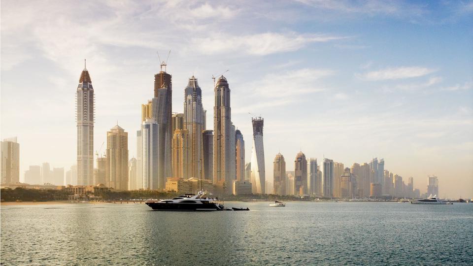 Dubai develops